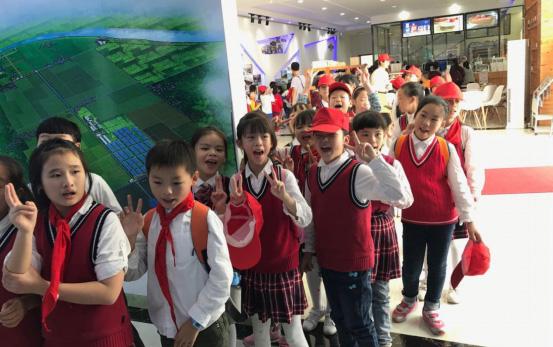 13-www.204.net小镇成为湖南首家23.jpg